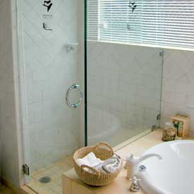 Clear Image Glass Services: Shower Doors